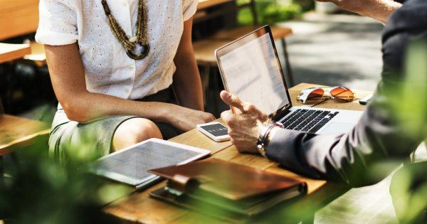 Todo lo que debes saber de las entrevistas de trabajo: qué hacer y...