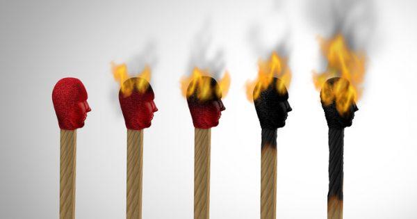 3 métodos para prevenir el burnout o síndrome del trabajador quemado
