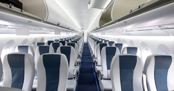 Cómo conseguir el asiento que quieres en el avión sin pagar