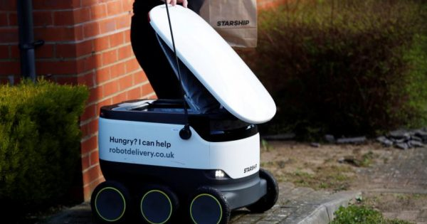Domino's, Amazon, Ford o Just Eat ya tienen modelos de robot para reparto a domicilio